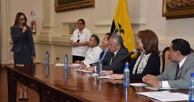 13 alcaldes del Guayas se reunieron con Gobernadora