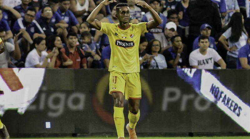 Barcelona gana el Clásico y sube al primer lugar de la LigaPro