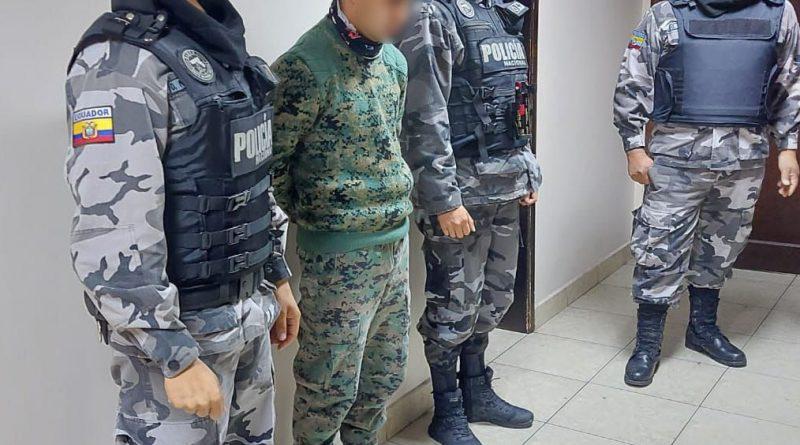 MILITAR INTENTA INGRESAR ARMAS A LA CÁRCEL